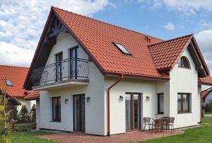widok na dom w okolicach Słupska do sprzedaży