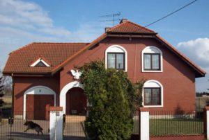 front domu do sprzedaży w Wieluniu